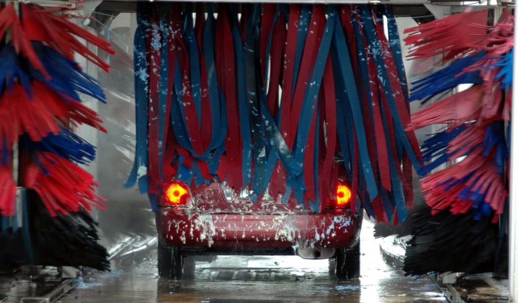 How to use a self service car wash tips for cleaning your car youve been telling yourself that its time to finally wash your car yourself but youre not sure how to use a self service car wash solutioingenieria Gallery